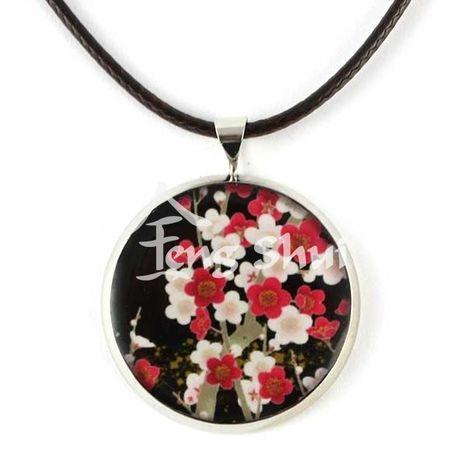 Prívesok Kvety bielo-červené